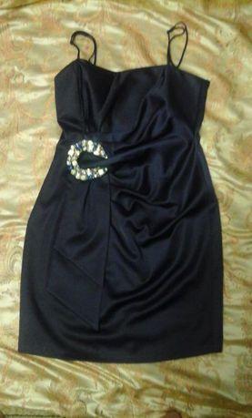 Шикарное вечернее платье