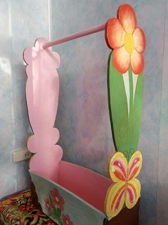Вешалка напольная для девочек
