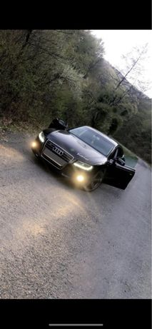 Vand/ Audi A5 Capacitate 2.0 177 CP