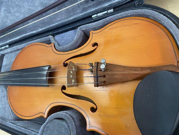 Скрипка фабричная, размера 3/4 Звучание хорошее