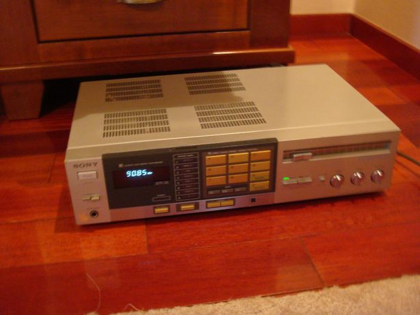 Amplificator SONY LEGATO LINEAR + TUNER , 50 HZ, 90W , Made in Japan