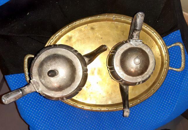 Ceainic si tava din argint (doua ceainice din alama argintata)