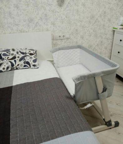 Прикроватная детская кроватка