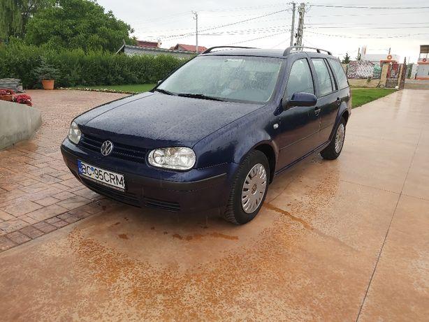Volkswagen golf 4.   1.4 benzină