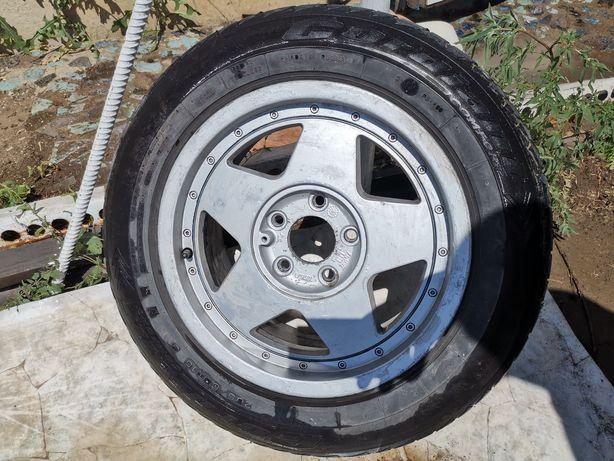 Меняю колесо с диском
