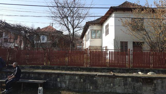 Vand casa langa Moreni Dambovita