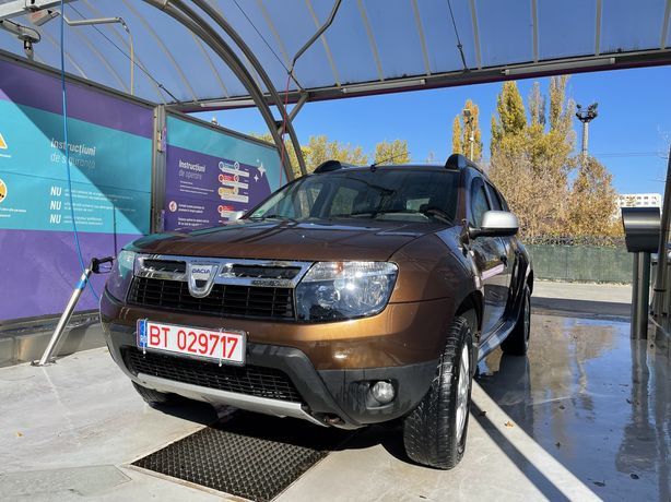 Dacia Duster 4x4 impecabila 1.5 dci
