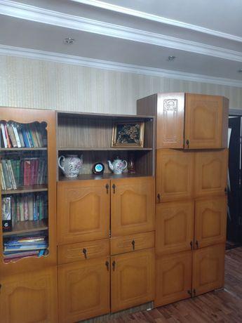 Продаю стенку(5секции) производство Россия