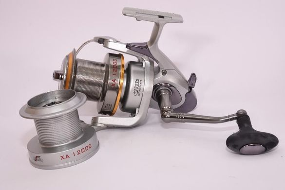 Макара за сом и едри риби XA 12000 Осако