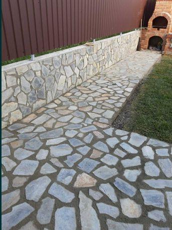 Piatra de munte naturala decorativa ornamentala de granit