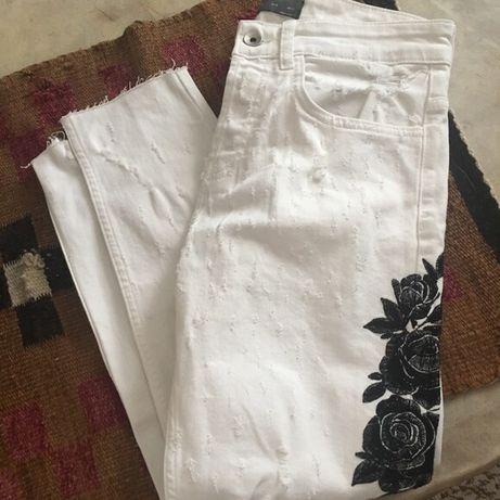 Blugi Zara noi cu eticheta pantaloni