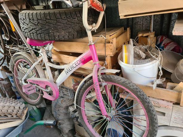 Продам детский велосипед,школьного возраста