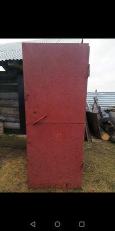 Дверь входная металлическая,железная
