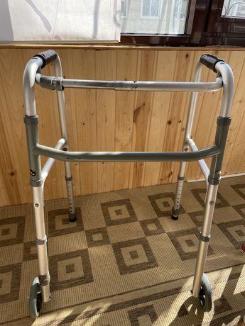 Ходунки-опорные для инвалидов