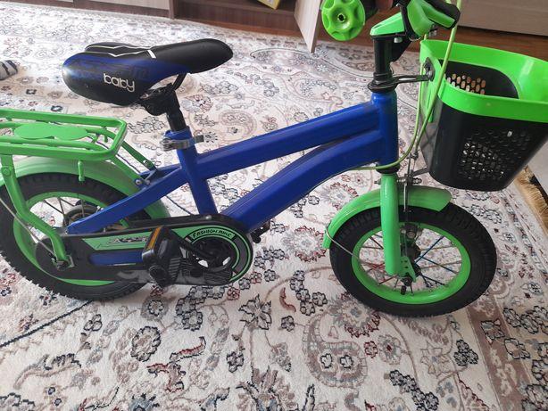 Продам Велосипед+самокат, Велосипед почти новый, 13 военный городок по