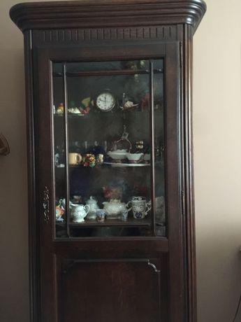 Старинен немски шкаф