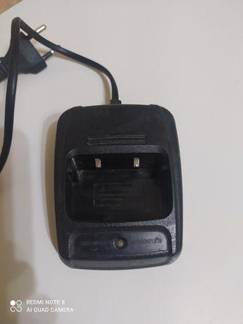 Зарядное устройство для раций.