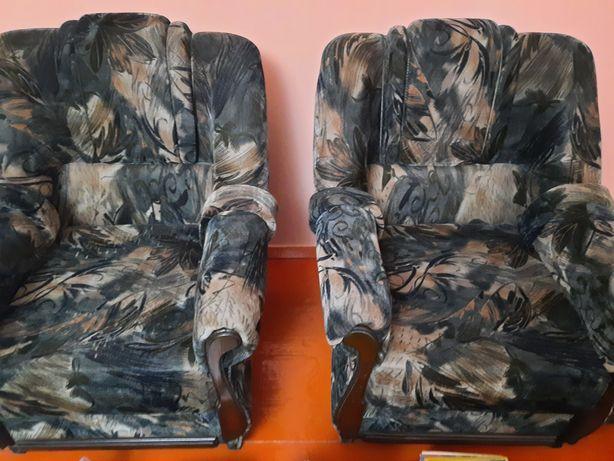 Диван екі кресласымен