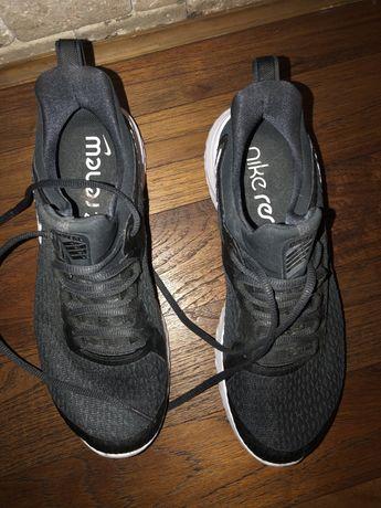 Adidasi nike renew