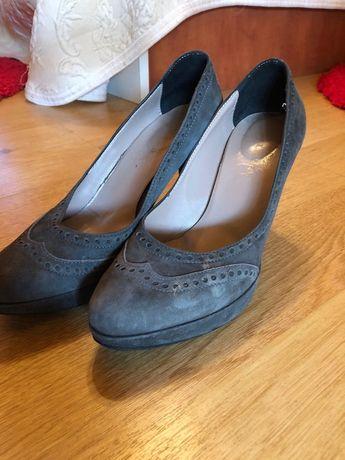 Pantofi model mocasin