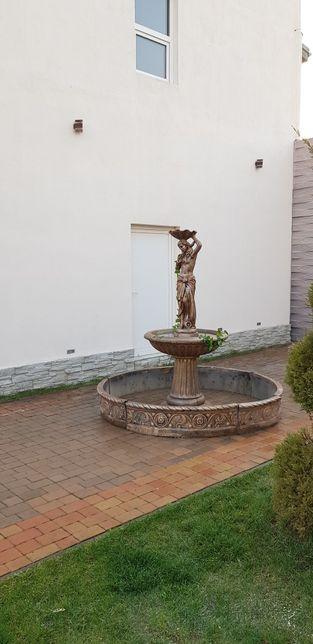 fantana arteziana.f25.fantani arteziene din beton,ornament gradiba