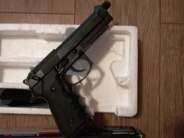 Pistol Airsoft TAURUS/BERETTA/ Modificat 3,8 j/ CO2/Cal.6mm
