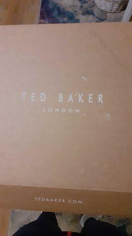 жилетка Ted Baker