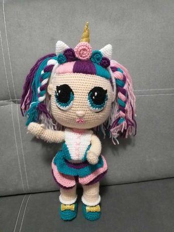 ръчно изплетена кукла Лол