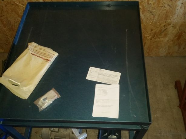Станок для производства кирпича, шлакоблока, пескоблока, арболитоблока