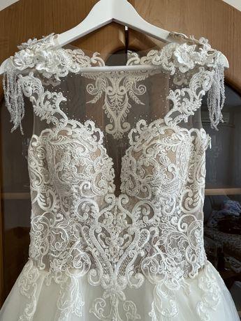Бутикова сватбена/булчинска рокля от Carrie Weedding - НЕОБЛИЧАНА!!