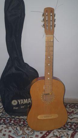 Гитара продам...