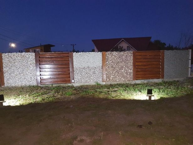 Gard piatra naturala marmura alba roșie gri decorativ ornamental plasa