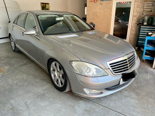 Dezmembrez Mercedes Benz clasa S
