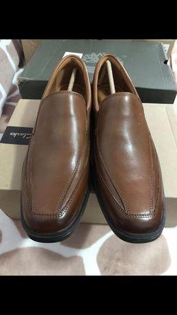 Pantofi din piele Clarks