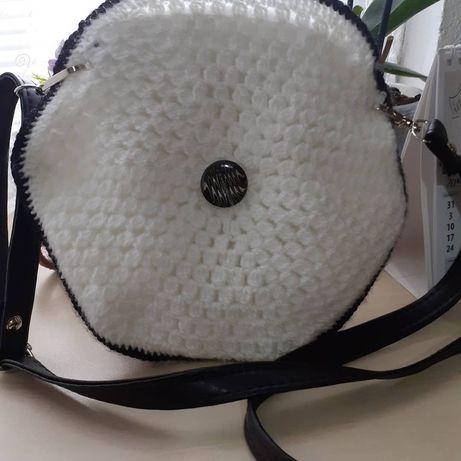 Плетена Чанта Бяло с Черно