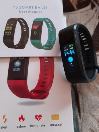 Vând ceas fitness y5 nou