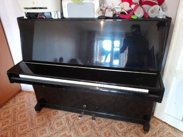 Продам пианино  Элегия или Элесия