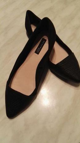 Нови обувки RESERVED,38 номер