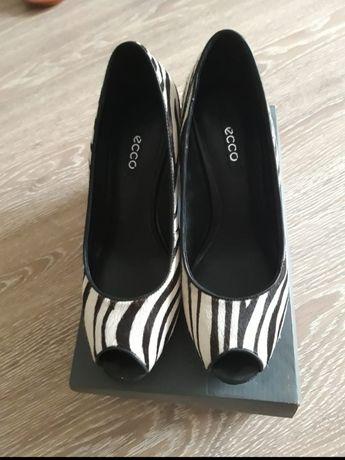 """Туфли """"ECCO"""" из натурального меха, очень удобные."""