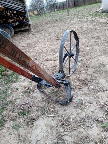Antichitate mașinărie agricola