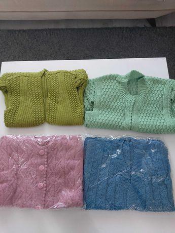 Ръчно плетени елеци,терлици и чорапи
