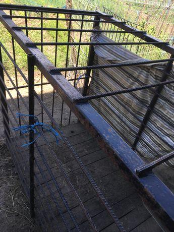 Cușcă de transport porci (din fier)