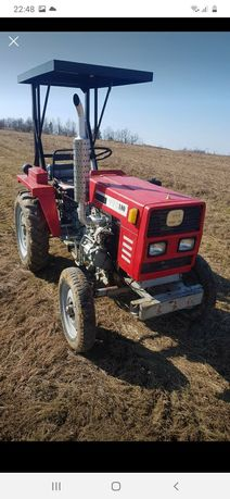 Tractoras 18 cp remorcă, mașină de scos cartofi +coasă ITP efectuat
