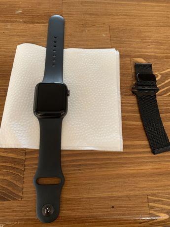 Apple watch se  40mm Торг уместен