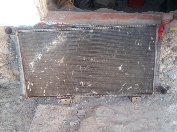Радиатор инжектор нива