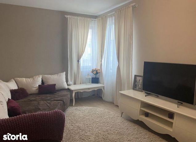 Inchiriez apartament 4 camere bloc nou Aradului 600 euro