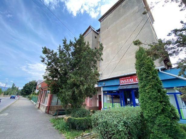 Apartament, strada Republicii (3 camere, 56 mp, bloc B5)