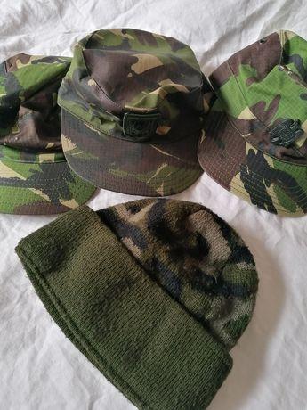 Boneta militara, șapcă, căciulă