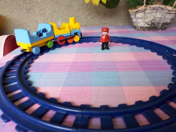 Trenulet cu șine Play Mobil original