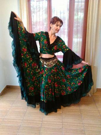 Costum de damă, țigănesc, pentru spectacole